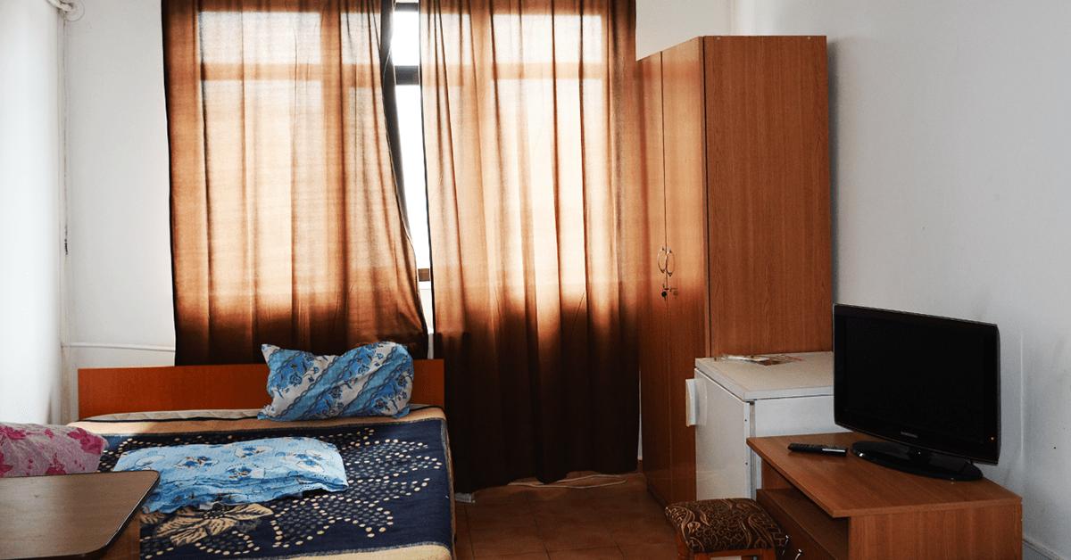 camera cu 1 pat matrimonial Iasi featured